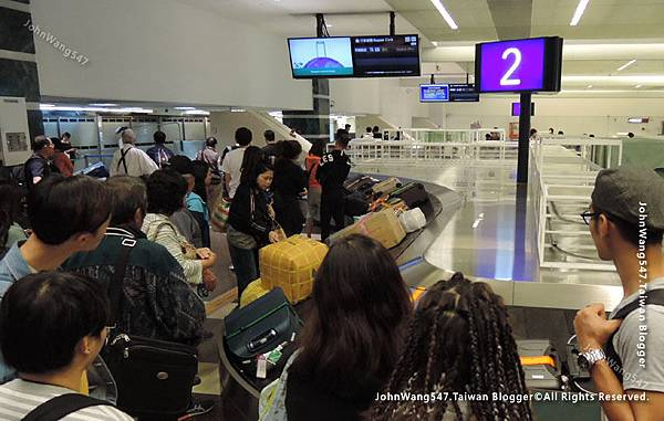 Thai Airways搭乘泰航經驗談桃園機場等行李.jpg