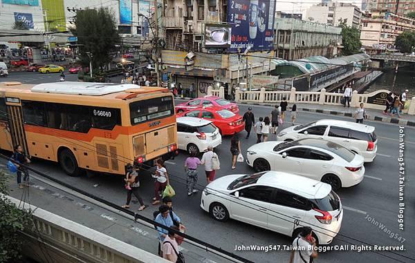 曼谷現象 集體闖紅燈過馬路