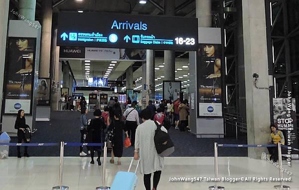 曼谷機場Arrivals護照查驗行李領取