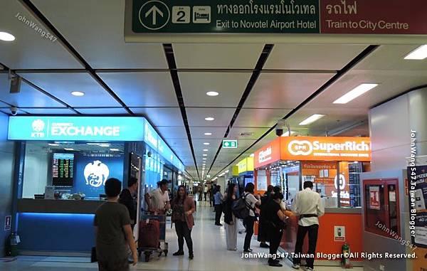 曼谷機場台幣換泰銖