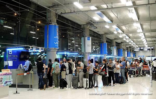Suvarnabhumi Airport曼谷機場搭巴士到Pattaya