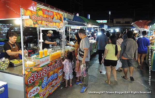 Kanchanaburi Station Night Market6.jpg