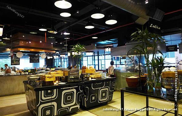 Novotel Bangkok on Siam Square Breakfast.jpg