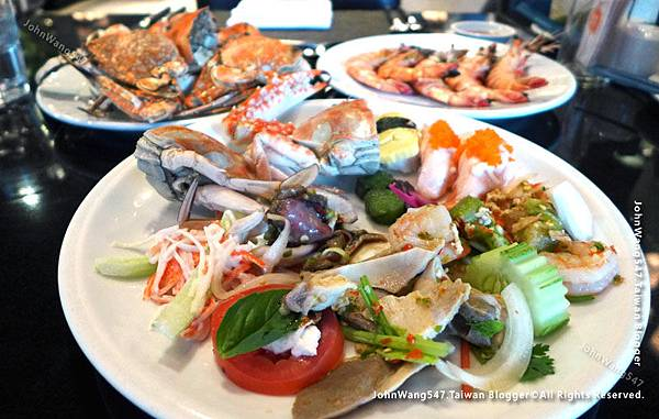 Crab Seafood buffet The Square Novotel Bangkok0.jpg
