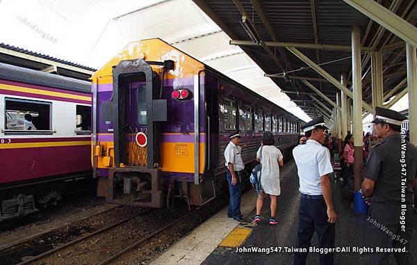 曼谷火車站白天前往大城火車站2.jpg