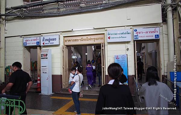 曼谷華藍蓬火車站廁所淋浴間