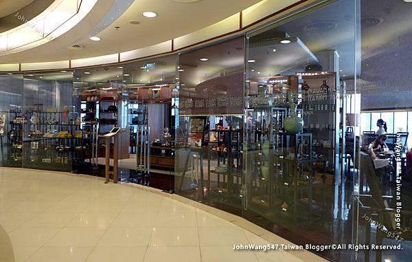 Erawan Tea Room Bangkok.jpg