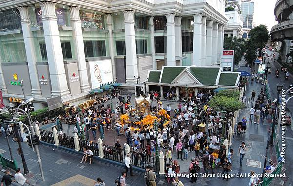 Erawan Shrine Bangkok.jpg