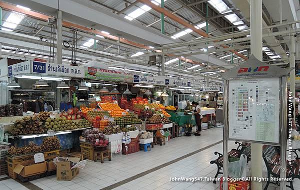MOF Or Tor Kor Market Bangkok2.jpg