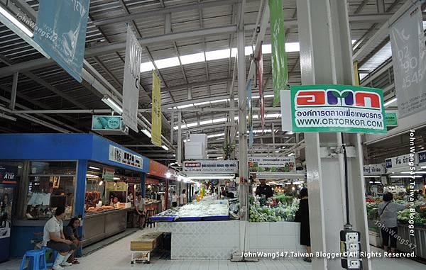 MOF Or Tor Kor Market Bangkok3.jpg
