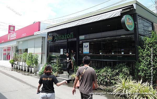MOF Or Tor Kor Market Bangkok amaozn cafe.jpg