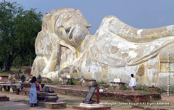 大城露天臥佛Wat Lokayasutha羅塔蘇卡寺2.jpg