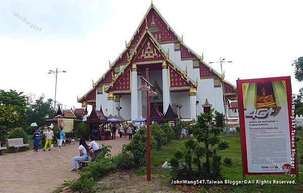 Wihan Phra Mongkhon Bophit維邯帕蒙空博碧寺.jpg