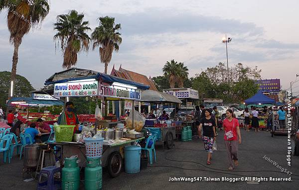 Ayutthaya Hua Raw Night Market.jpg