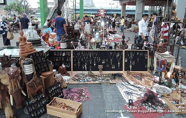 Chatuchak Playground Flea Market5.jpg