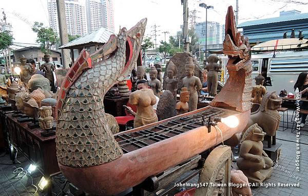 Chatuchak Playground Flea Market6.jpg