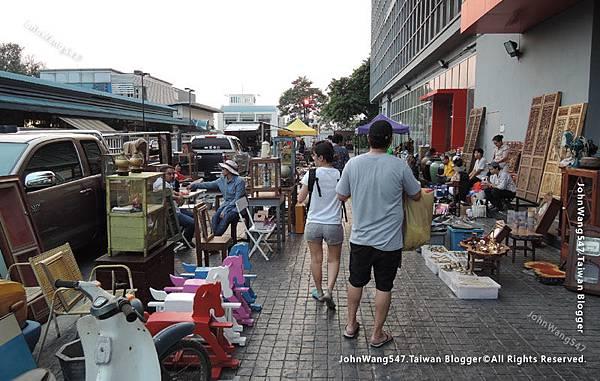 Chatuchak Playground Flea Market7.jpg