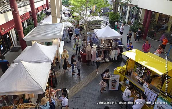 Tha Maharaj Market Bangkok Mall1.jpg
