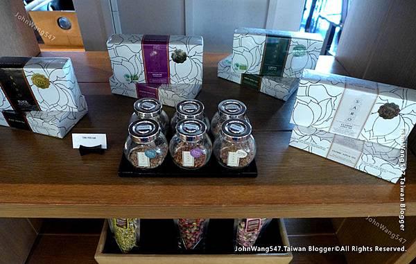 Erawan Tea Room SARO Royal Lotus Tea