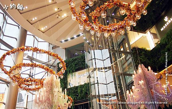 Siam Paragon christmas decoration.jpg