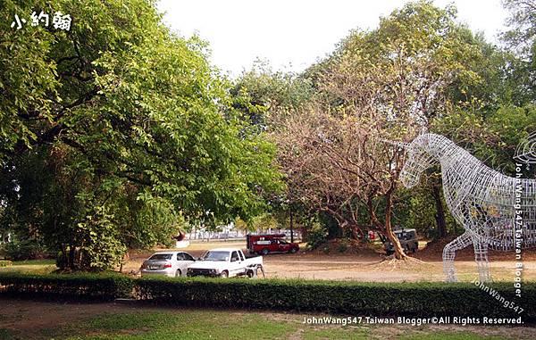 Chiang Mai University Art Center4.jpg