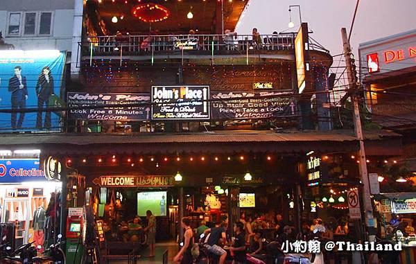 John's Place Sports Bar Chiang Mai Tapae Gate1.jpg