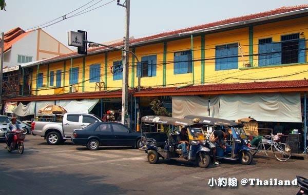Somphet Market Ming Muang Market