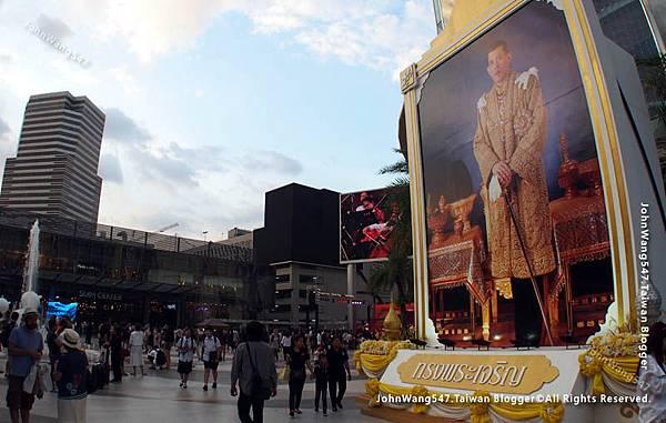 泰國君權神授皇室地位高