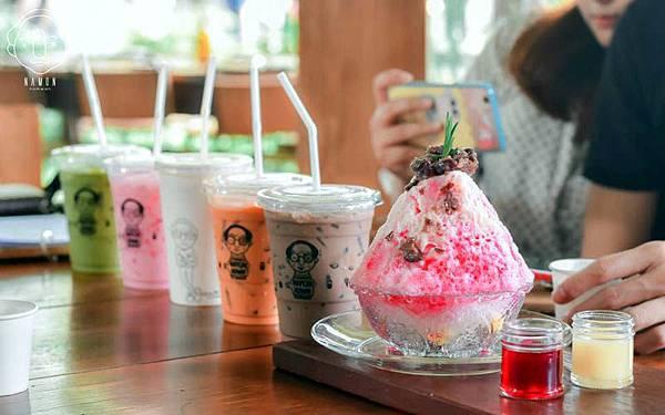 Namon Nomwan Cafe drinks.jpg