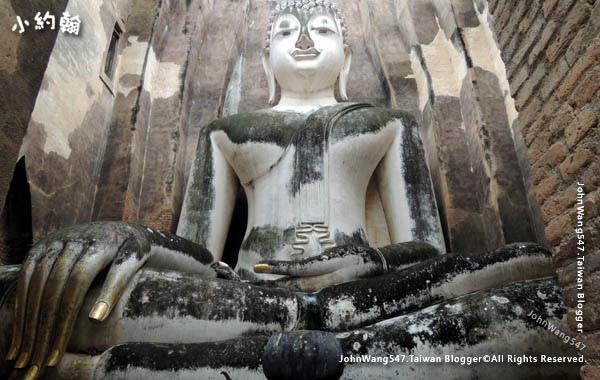 Wat Si Chum Sukhothai.jpg