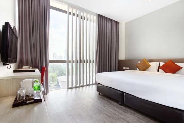 D Varee Xpress Hotel Makkasan Bangkok room.jpg