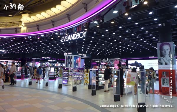Terminal 21 Pattaya G floor Paris EVEandBoy.jpg