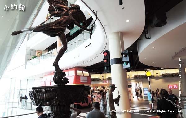 Terminal 21 Pattaya M floor London5.jpg