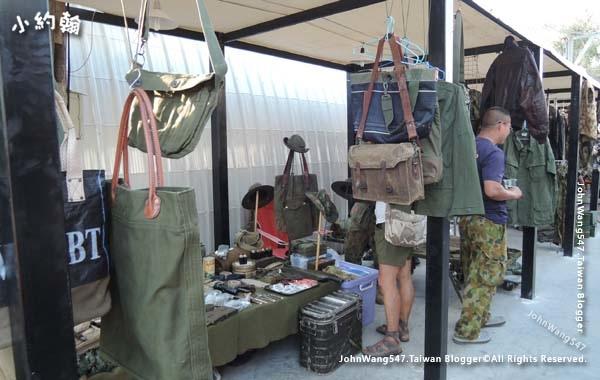 The Camp Vintage Flea Market Jatujak11.jpg