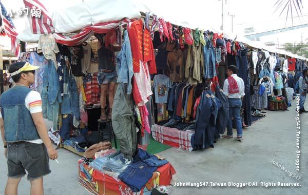 The Camp Vintage Flea Market Jatujak14.jpg