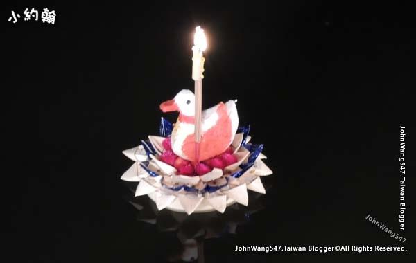 泰國放水燈2.jpg