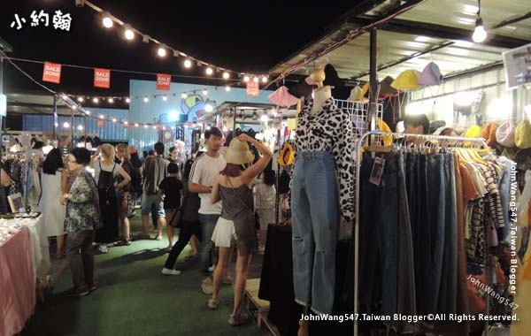 ARTBOX market at Samyan Bangkok18.jpg