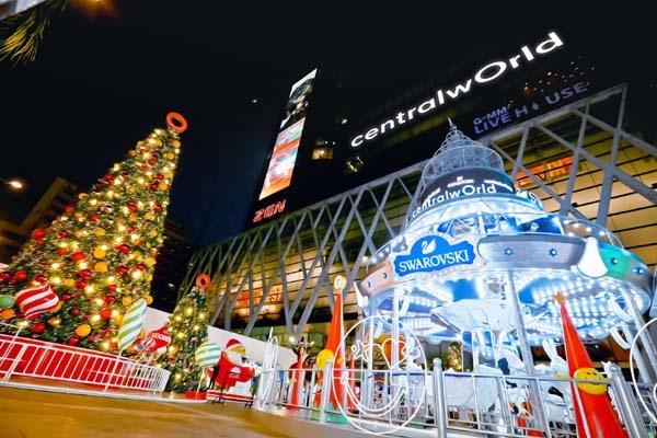 CentralwOrld christmas town2.jpg