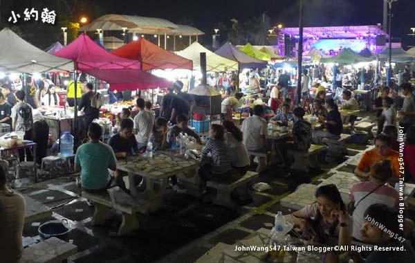 Bangsaen Walking Street Night Market.jpg