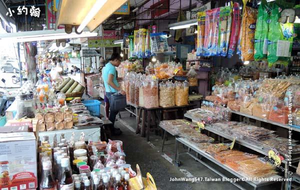 Nong Mon Market Chonburi2.jpg
