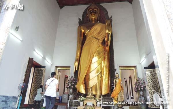 Phra Buddha Lokanat Wat Pho Bangkok.jpg