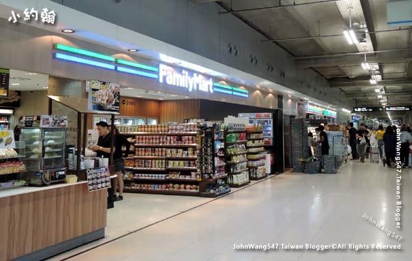 曼谷BKK機場7-11 Family超商2F.jpg