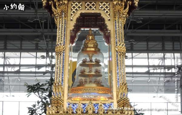曼谷BKK機場安放佛骨舍利壇2.jpg