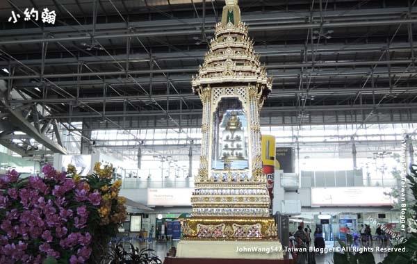 BKK Bushapaka Throne enshrining Reliquary Urn of Lord Buddha.jpg