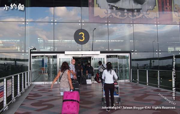 曼谷BKK機場出境回台灣流程