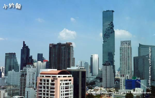 曼谷大京都大廈King Power Mahanakhon1.jpg