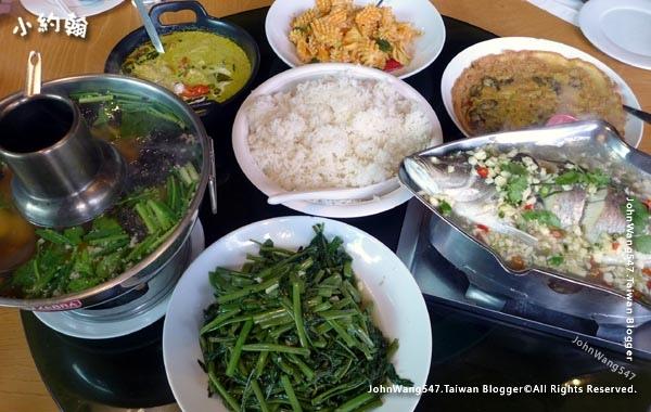 Savoey Phra Ram 9 Thai Restaurant.jpg