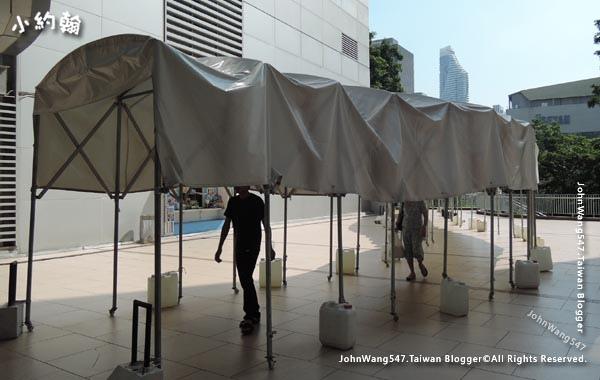 Platinum Bangkok PratuNam Mall sun rainproof.jpg