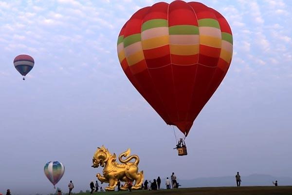 Chiangrai Balloon Fiesta Singha Park4.jpg