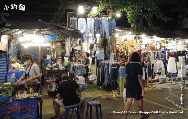 Chatuchak Weekend Night Market Friday5.jpg
